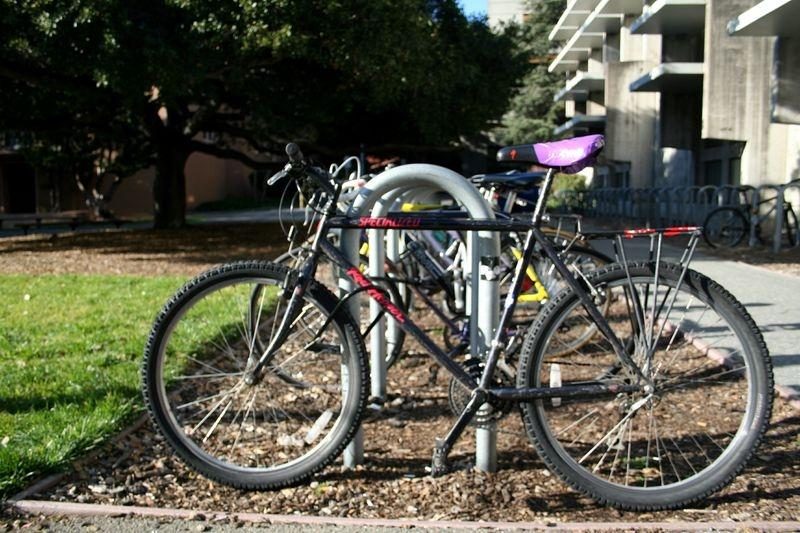 commuter bicycle on campus